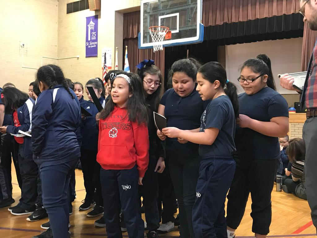 3rd graders do their cheer