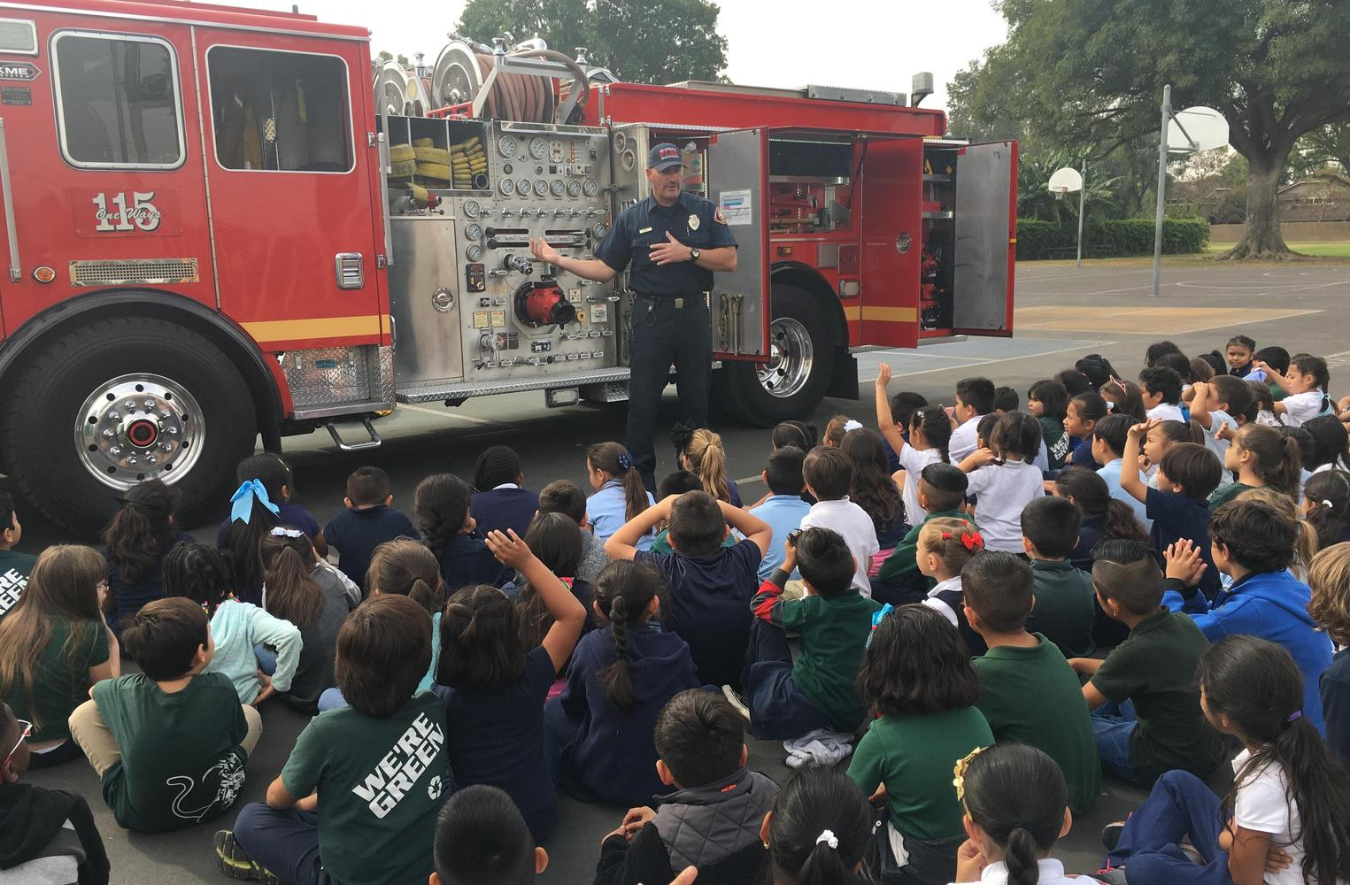 Fireman presentation to students