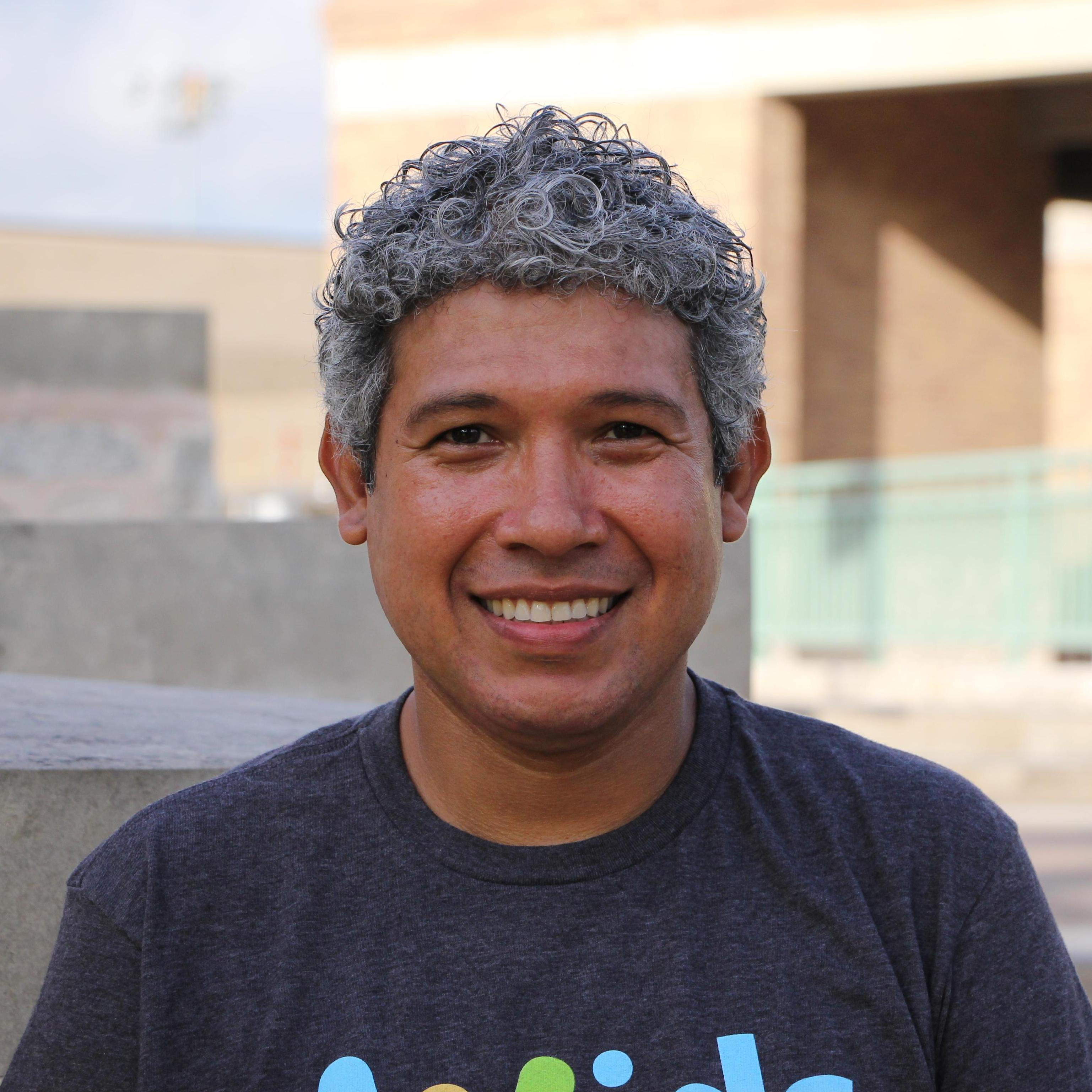Alejandro Cabrera's Profile Photo