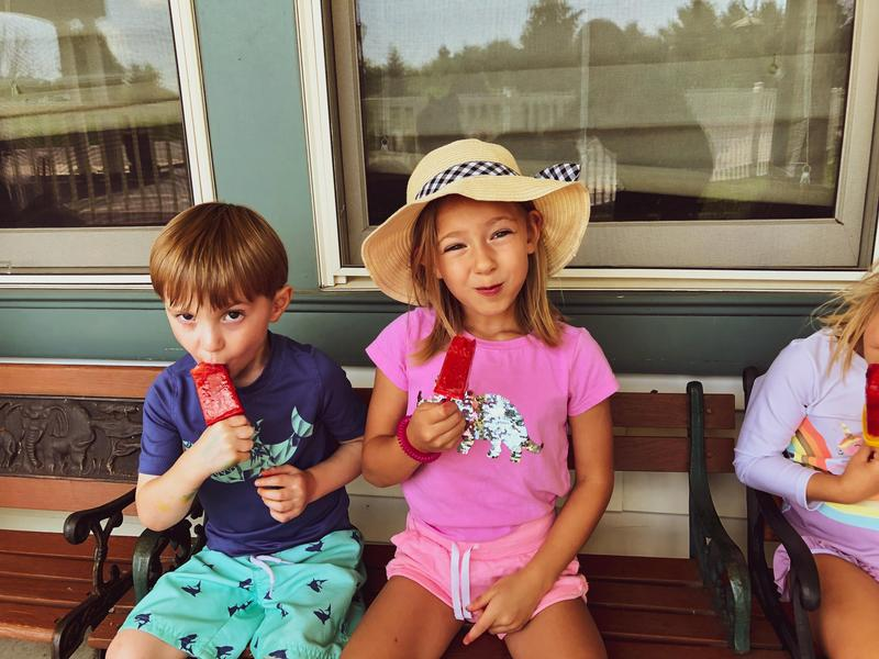 campers eating popsicles