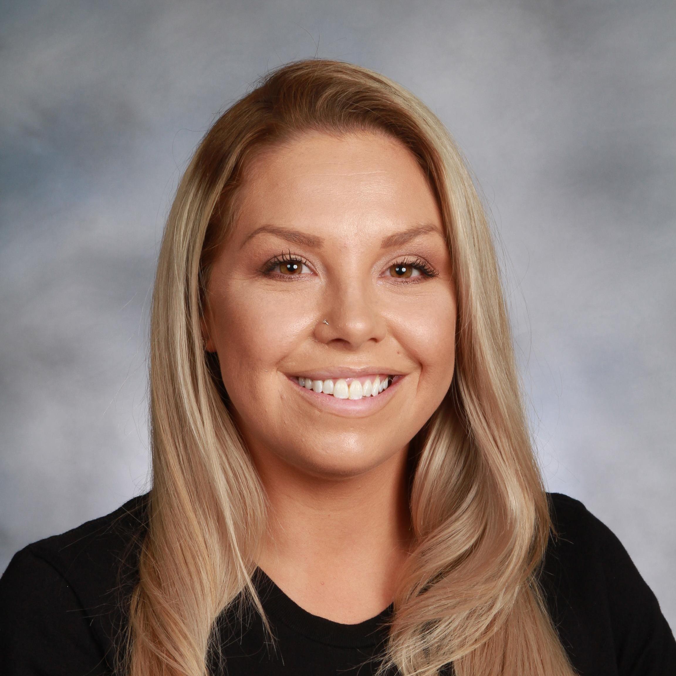 Brandi Fretz-Lowe's Profile Photo