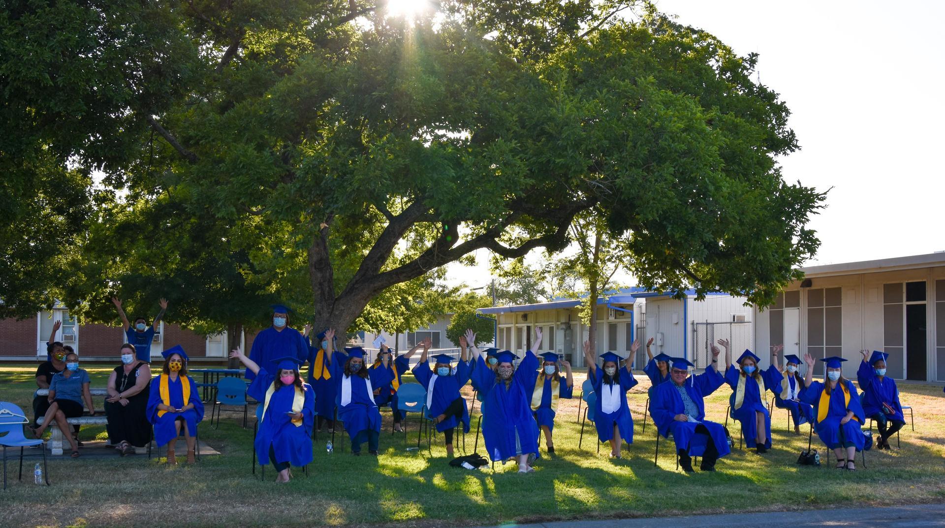 Outdoor social distancing graduates of summer 2020