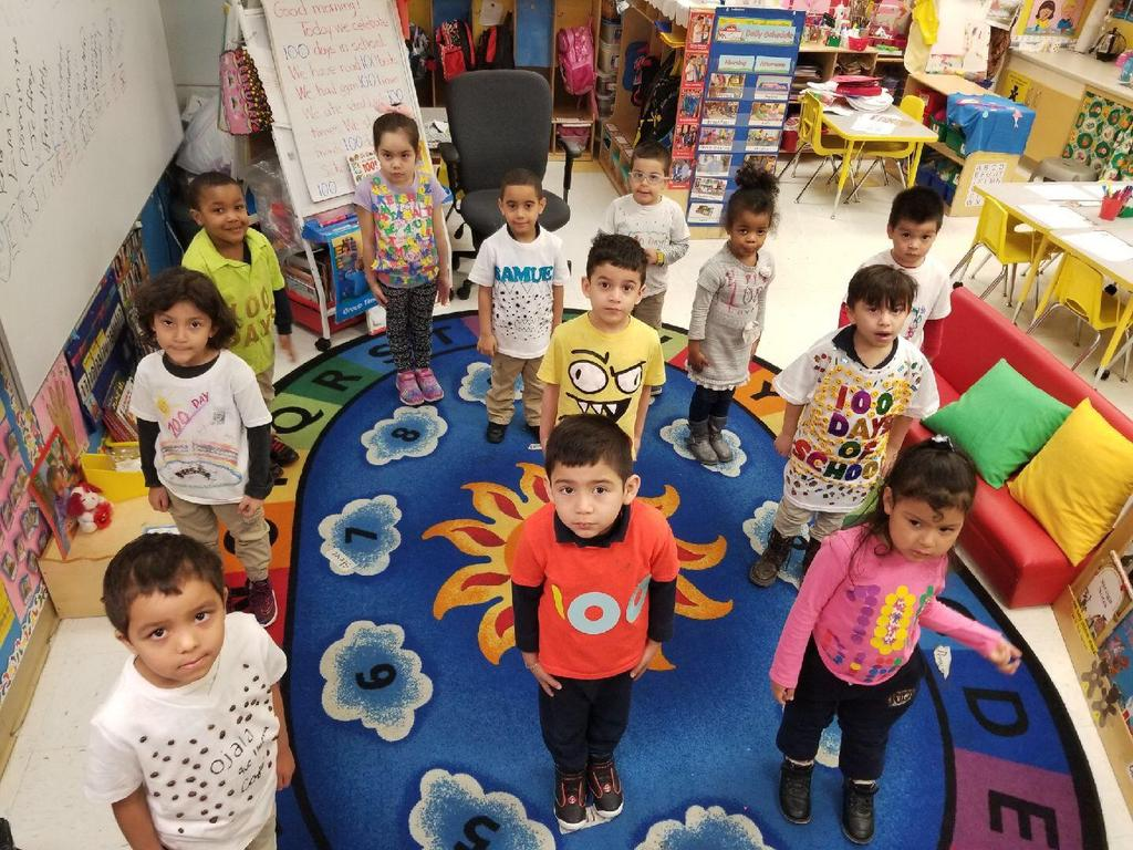 kinder class dressed as 100 days