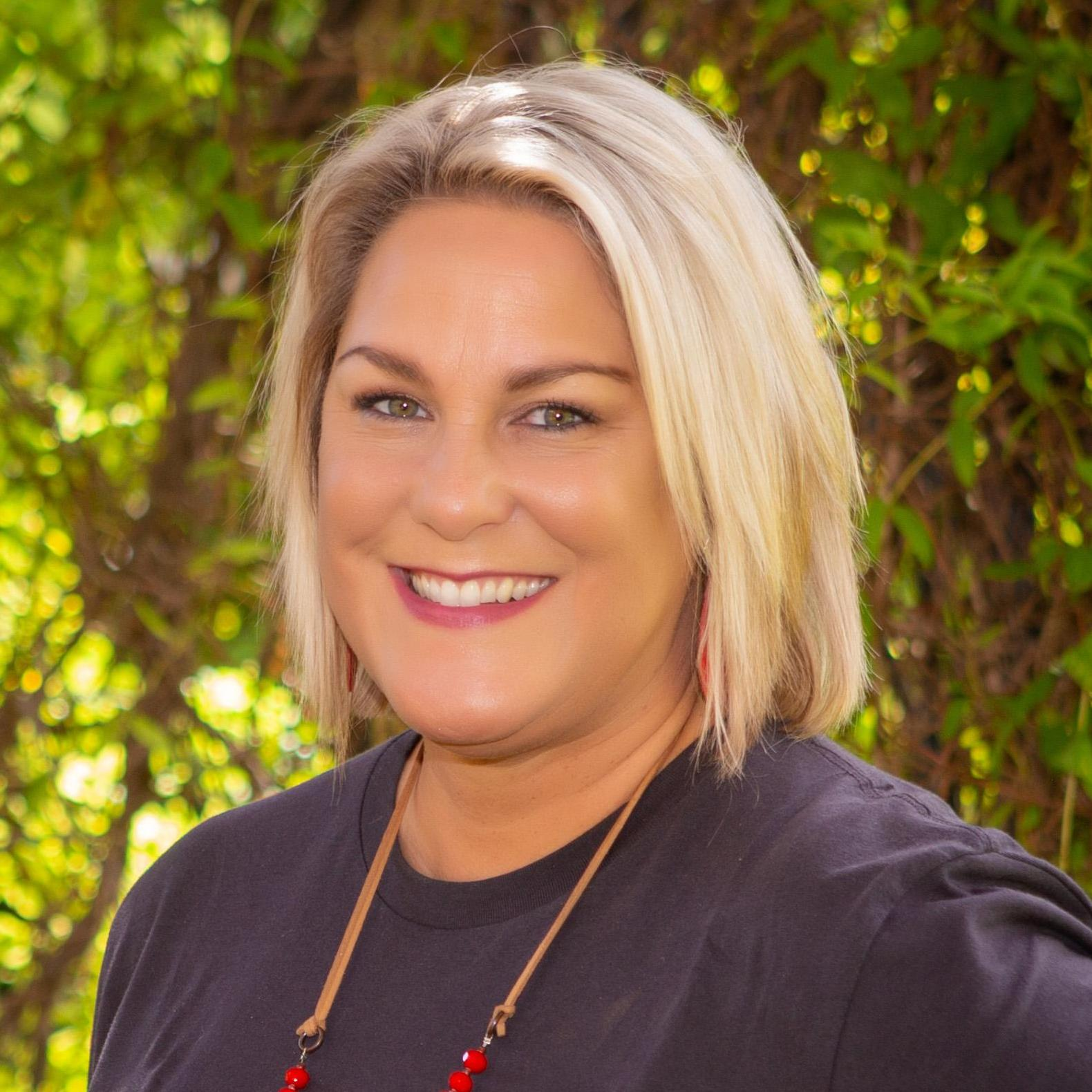 Angela Dear's Profile Photo