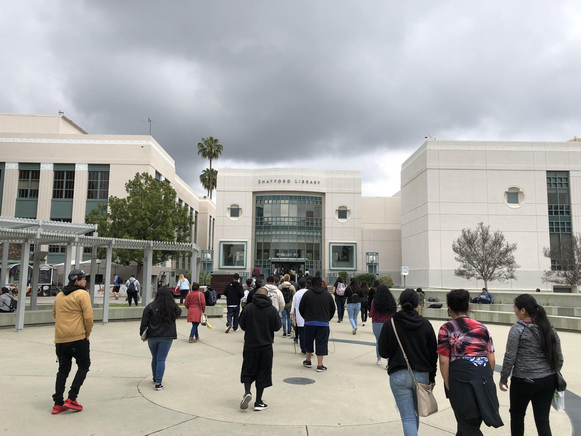 SGVCC students on a college visit