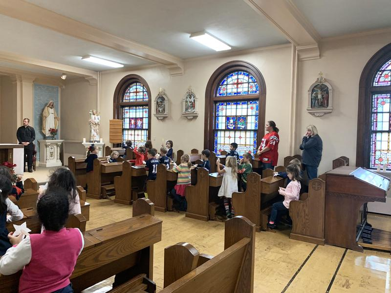 Kindergarten Prayer Service Featured Photo