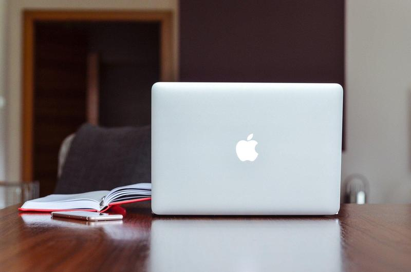 Macbook Pickup Grades 9-12 Featured Photo