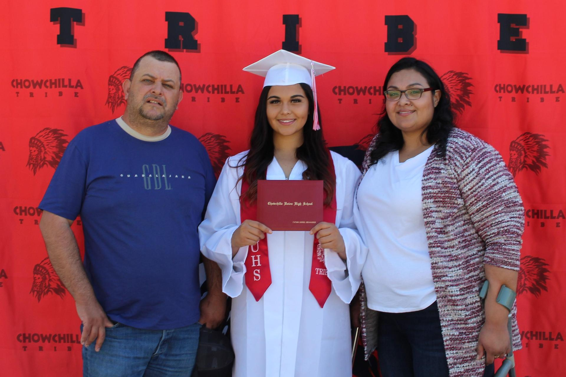 Fatima Benavides and family