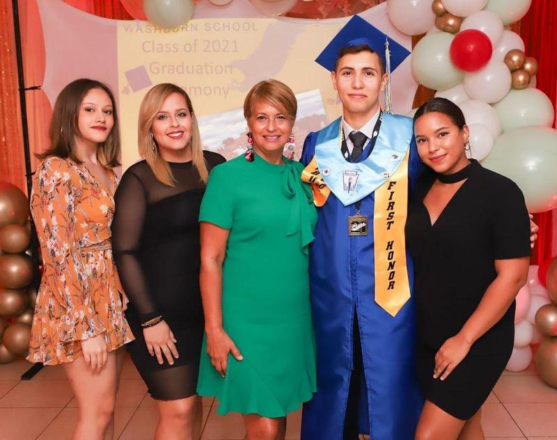 2021 Senior Success Story - From Washburn School in Ponce, Puerto Rico to College Acceptances Around the Nation Featured Photo
