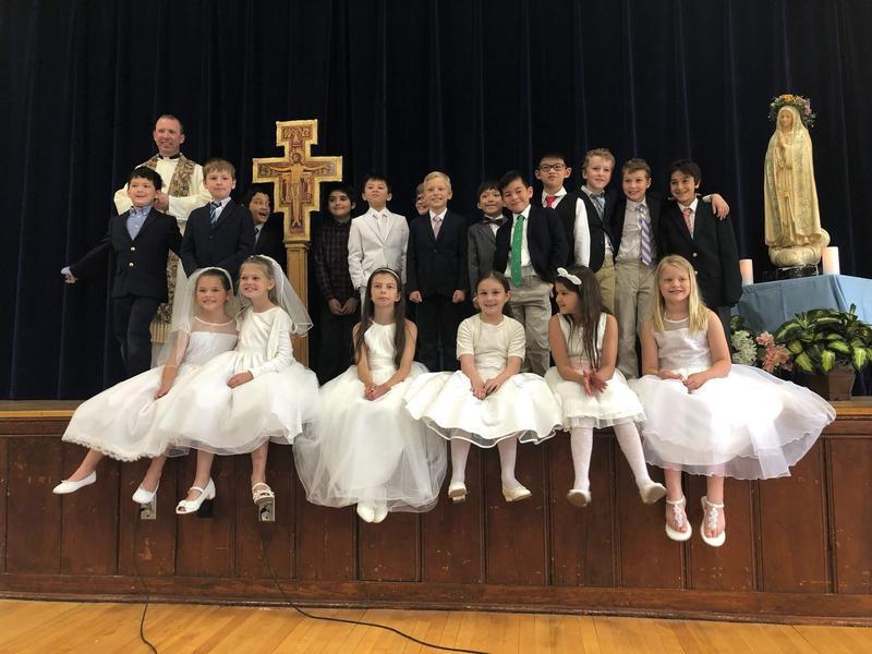 Second Grade Liturgy Featured Photo