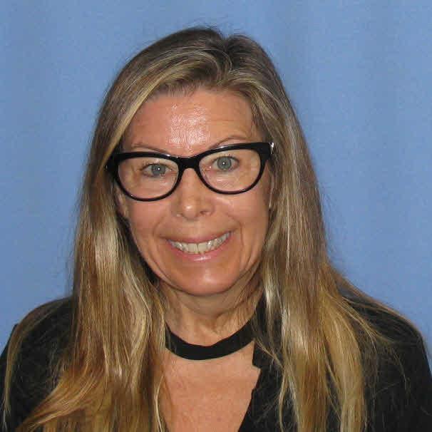 Karen Helsall-Lagola