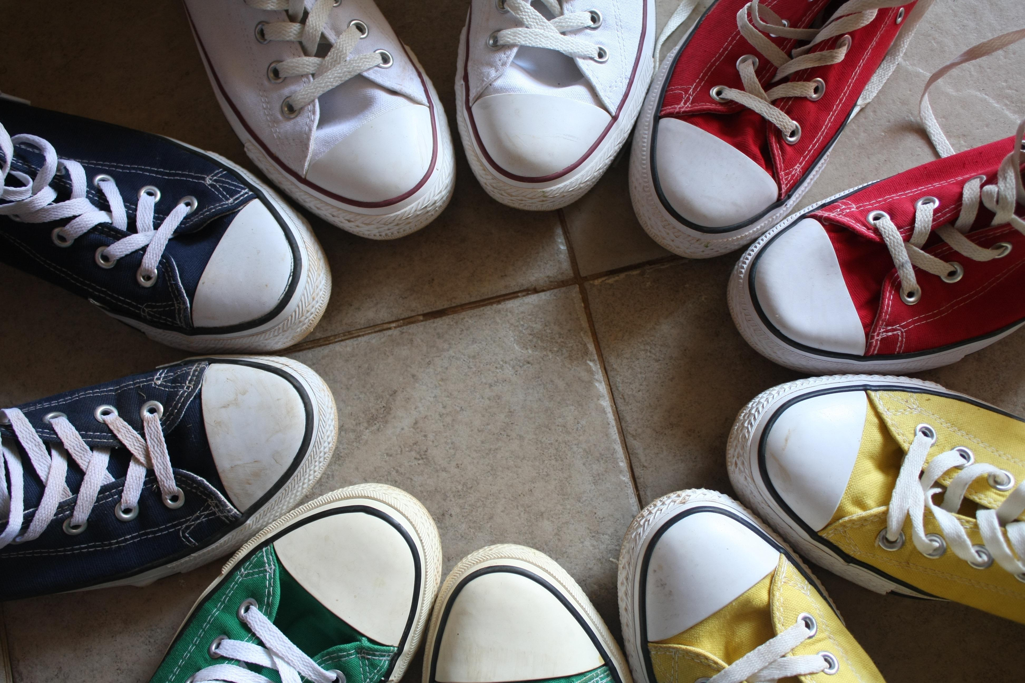 Sneakers in a Circle