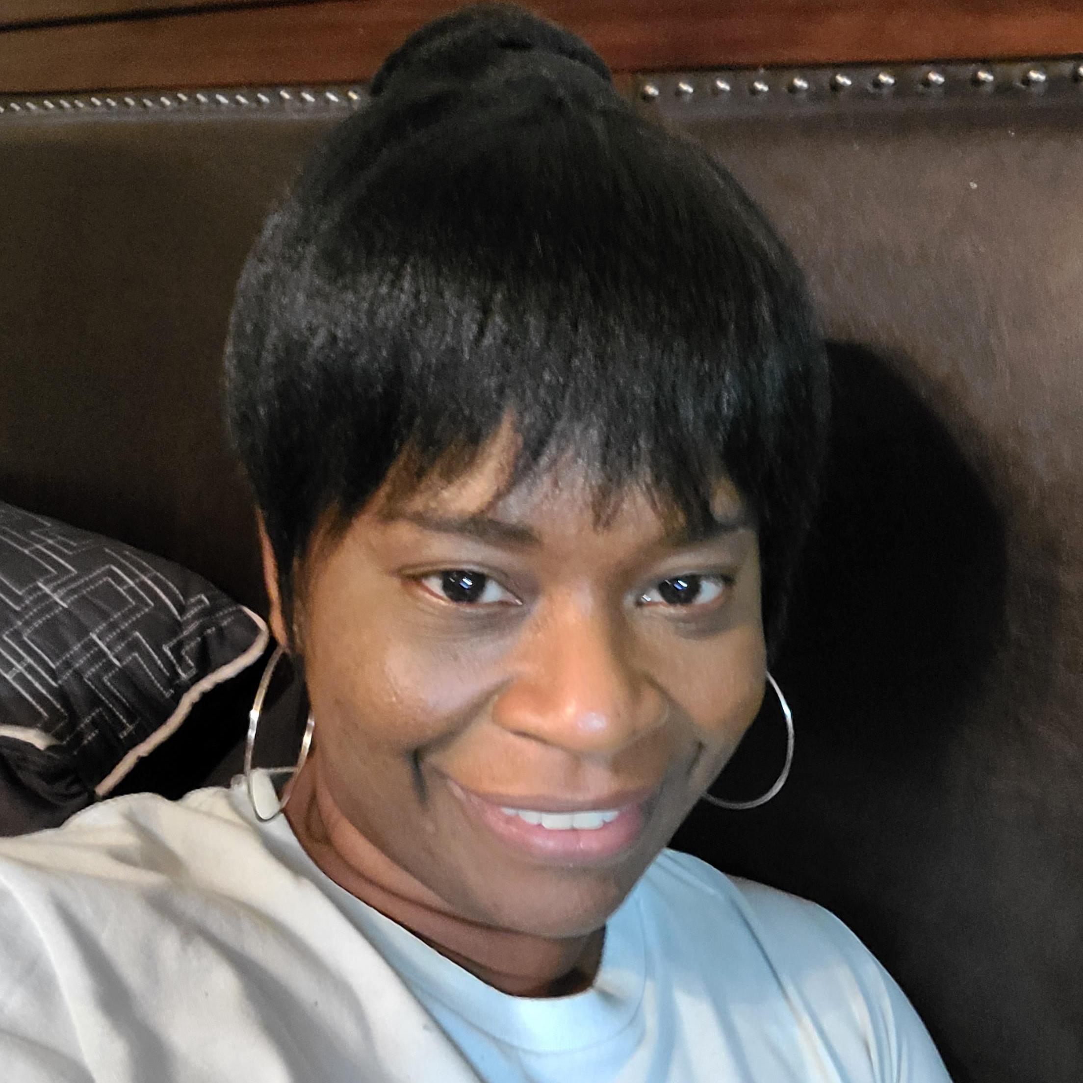 Mary Hart's Profile Photo