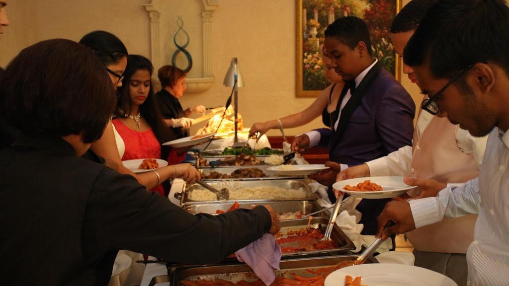 kids serving themselves food
