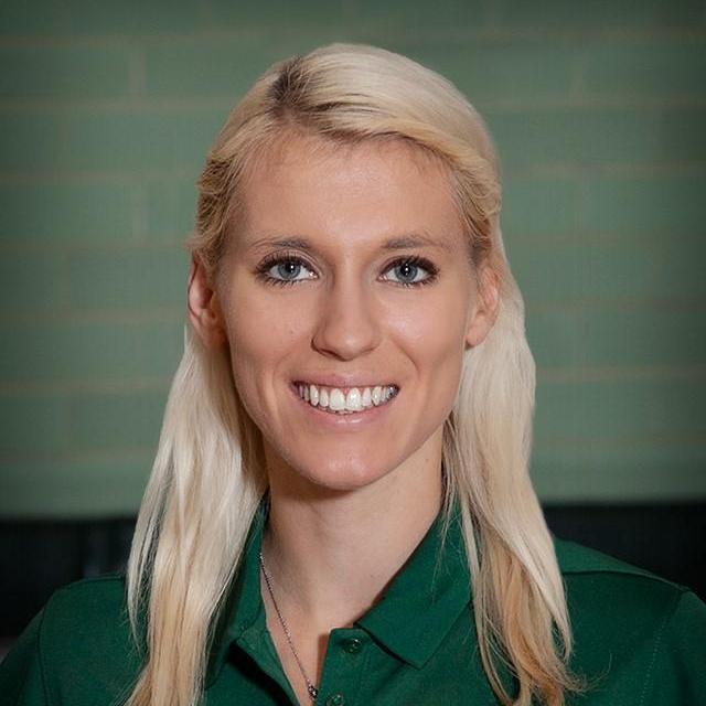 Elena Oslund's Profile Photo