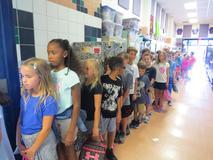 Kids lining up