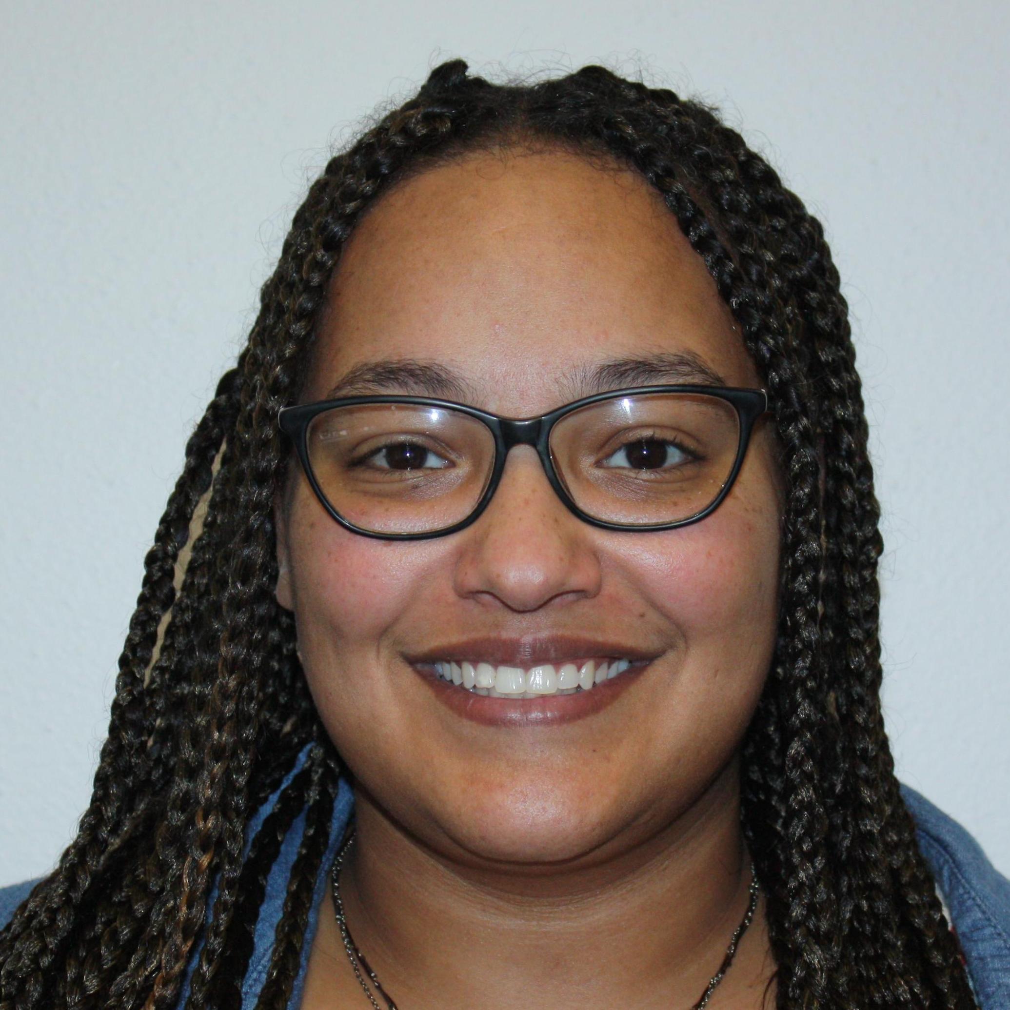 Julie Hill's Profile Photo