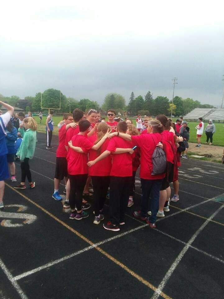 Team Huddle at Sectionals 2018