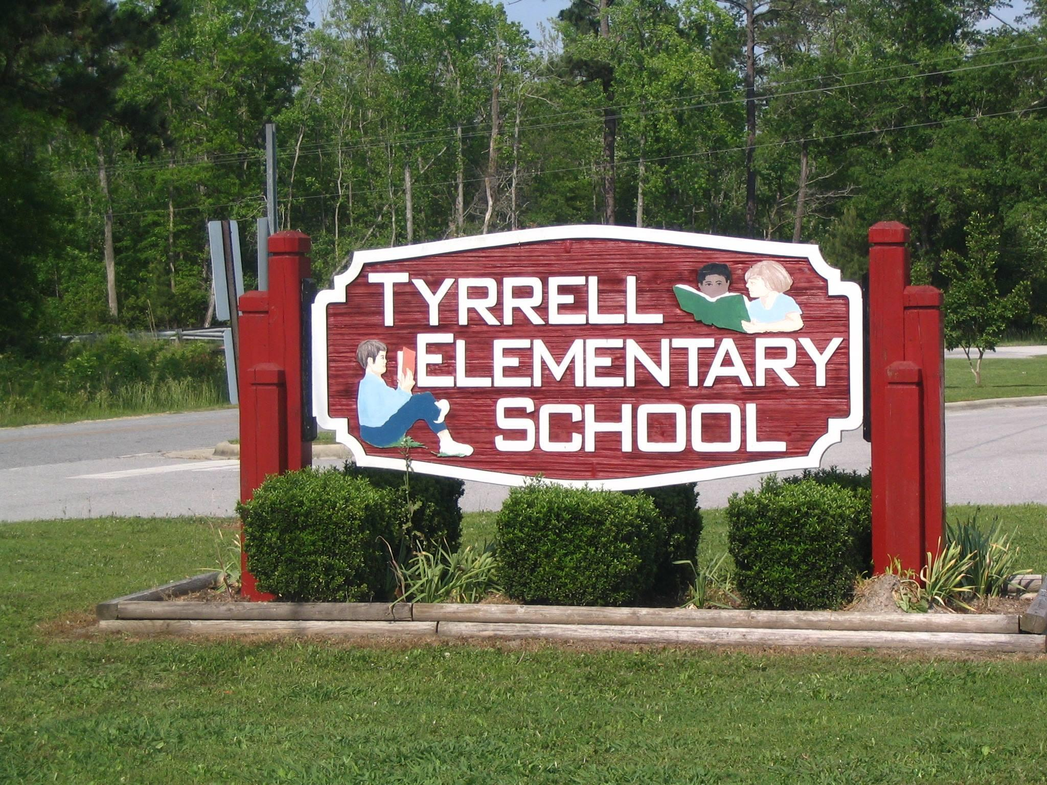 Tyrrell Elementary School Sign out by road