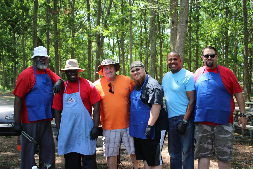 Volunteers at DDI Employee Picnic