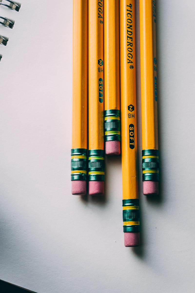 5 pencils lined up