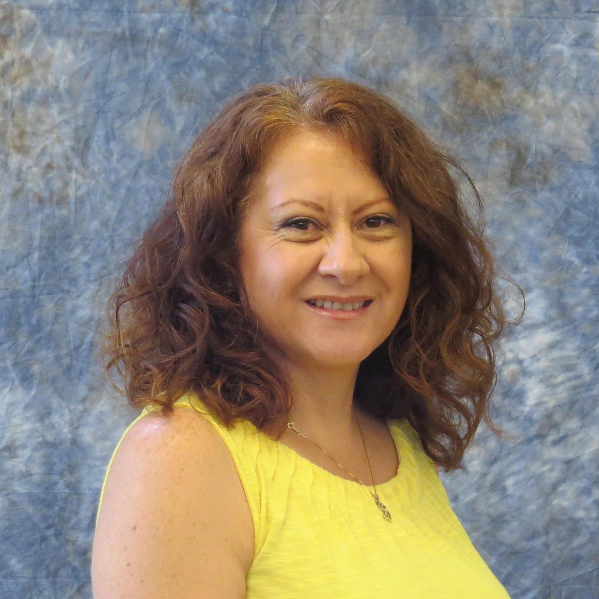 Victoria Raza's Profile Photo