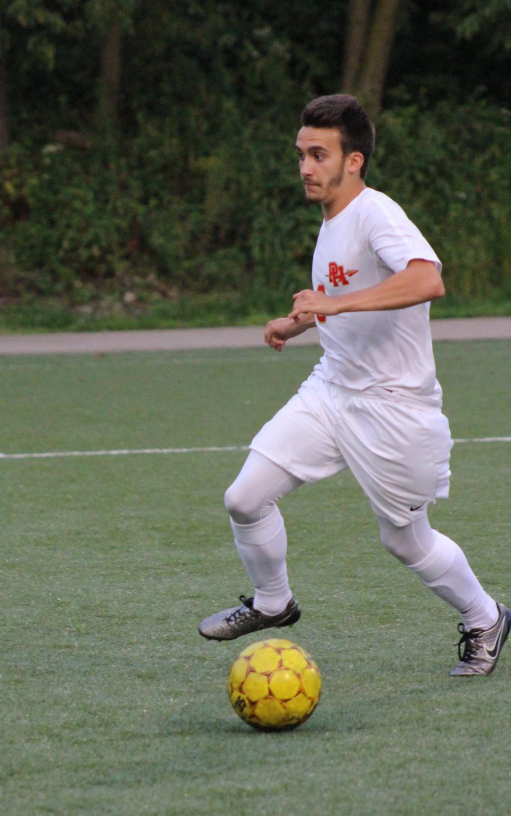 Varsity Boys' Soccer vs Fox Chapel-090517