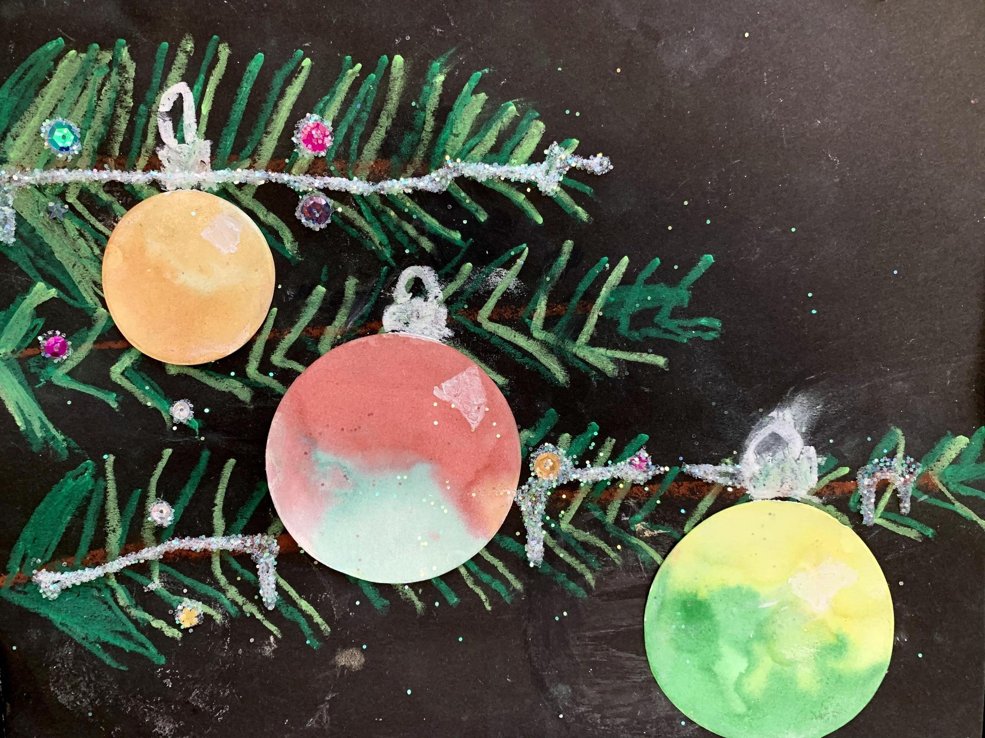 Pine Tree with Ornament 5