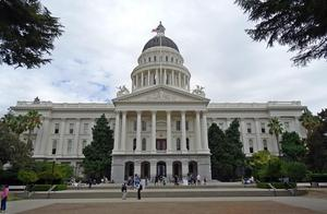 Sacramento capitol-1022798_1920.jpg
