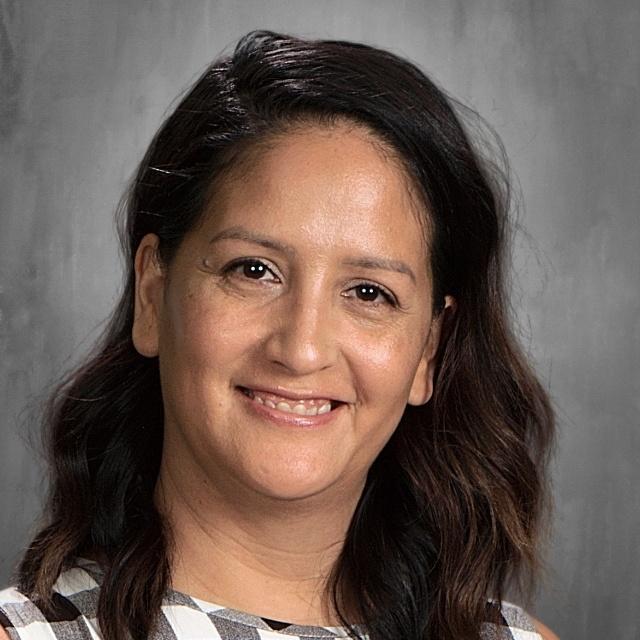 Esther Zaragoza's Profile Photo