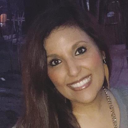 Dinah Davila's Profile Photo