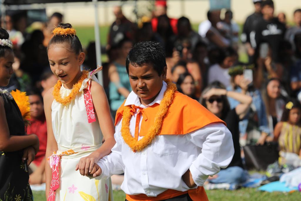 Oahu Princess and escort