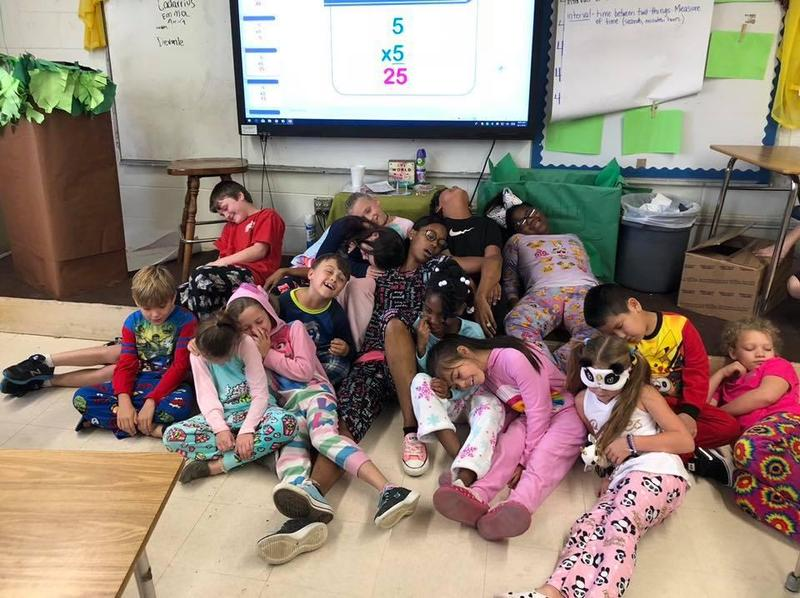 MES shows school spirit for Homecoming Week 2018 Featured Photo
