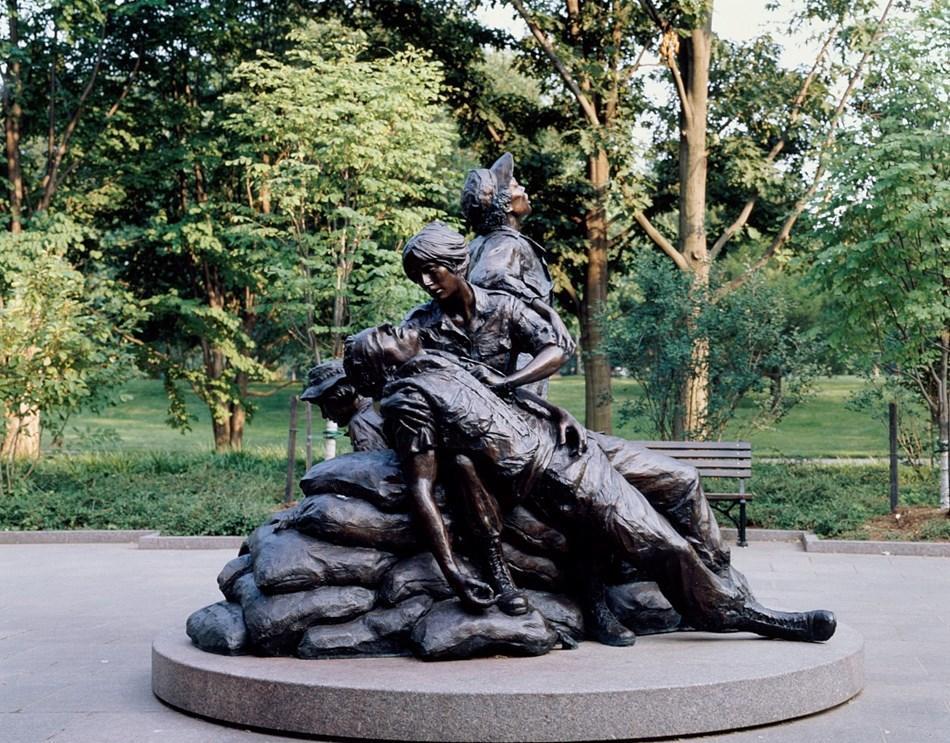 Reflect at the Vietnam Women's Memorial