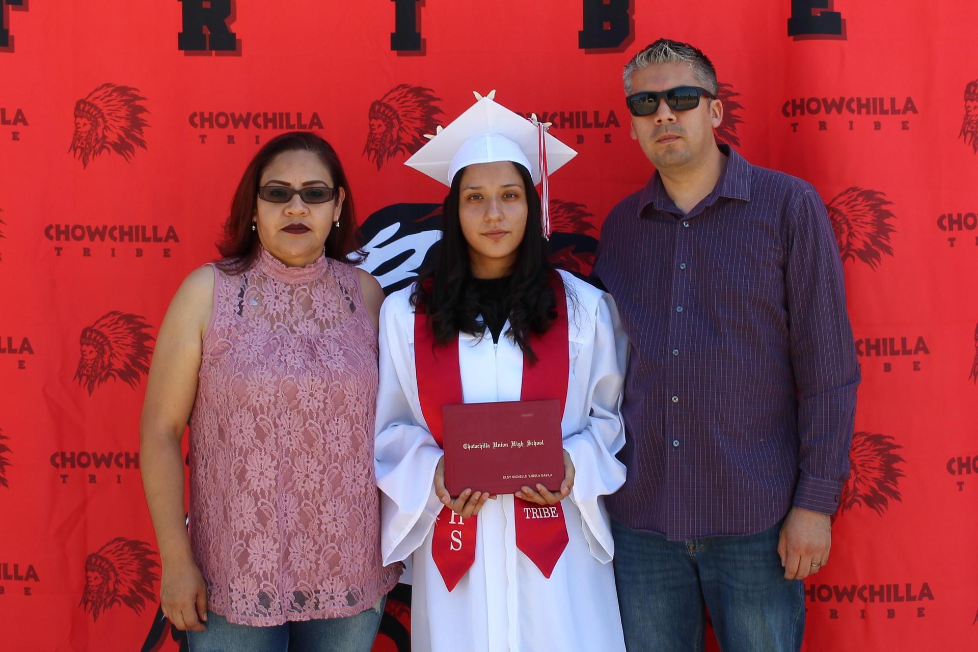 Elsy Varela and family