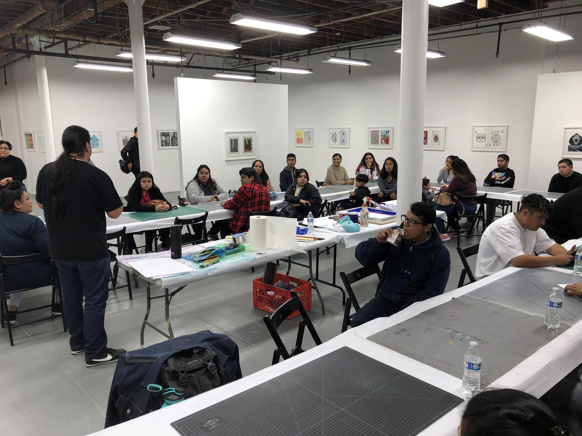 LA CAUSA students work with Self Help Graphics