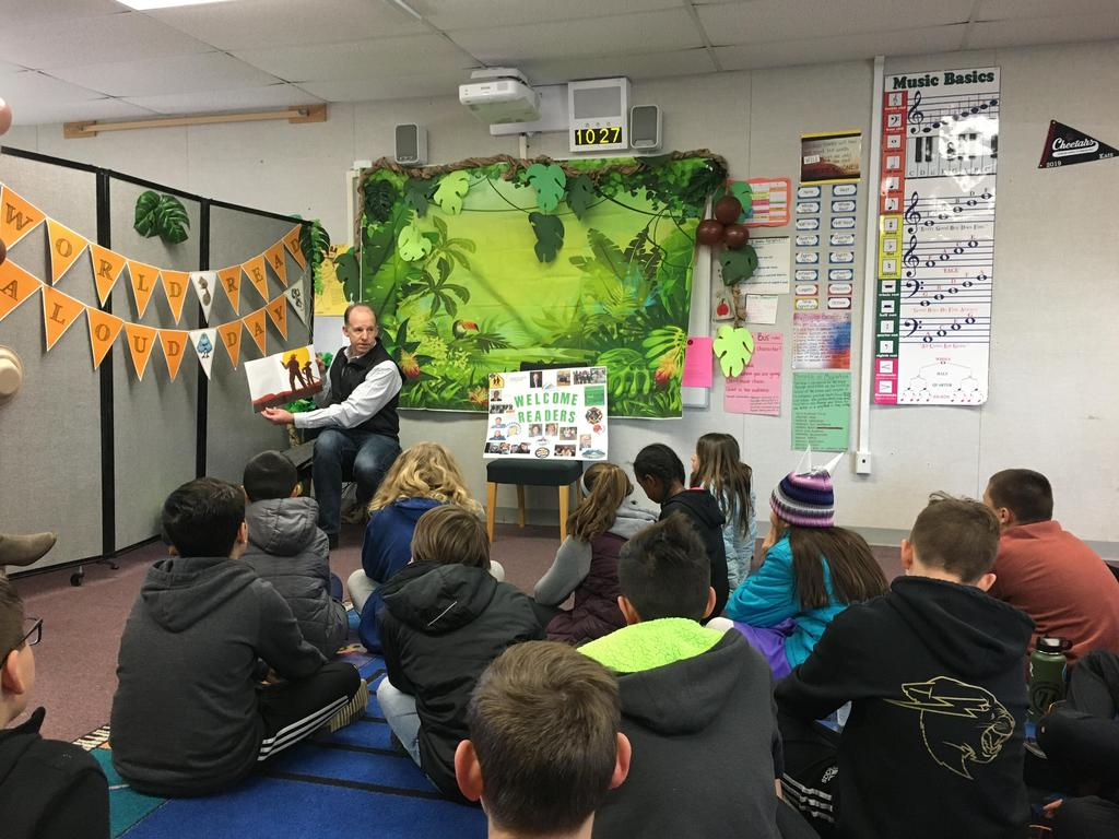 City Council member reads to students