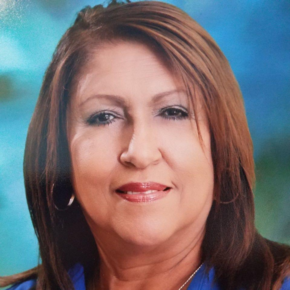Carmelita Torres Manfredy's Profile Photo