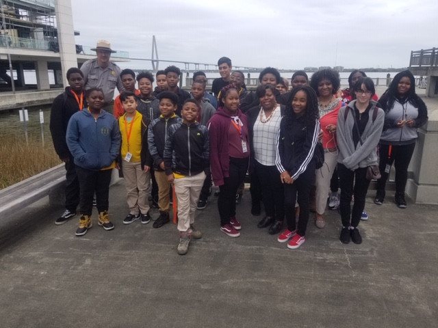 Students on field trip to Charleston