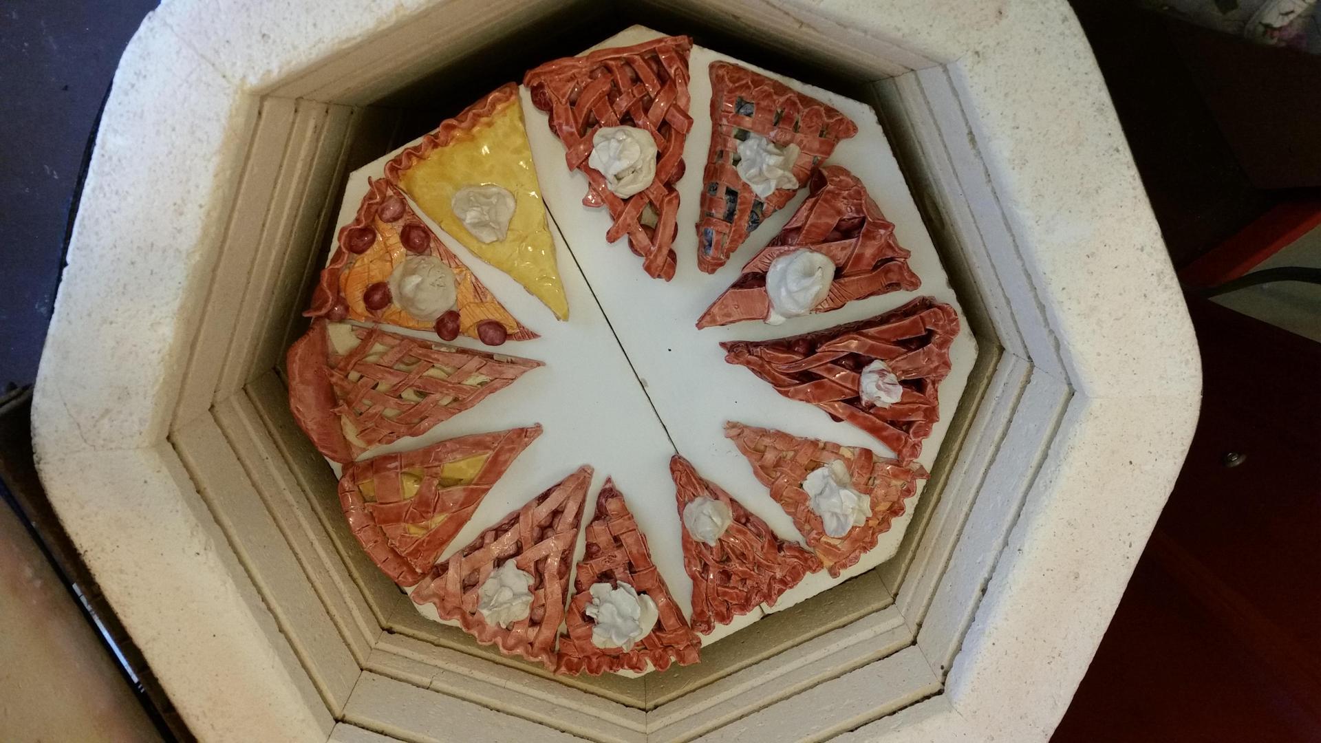 8th ceramics pies