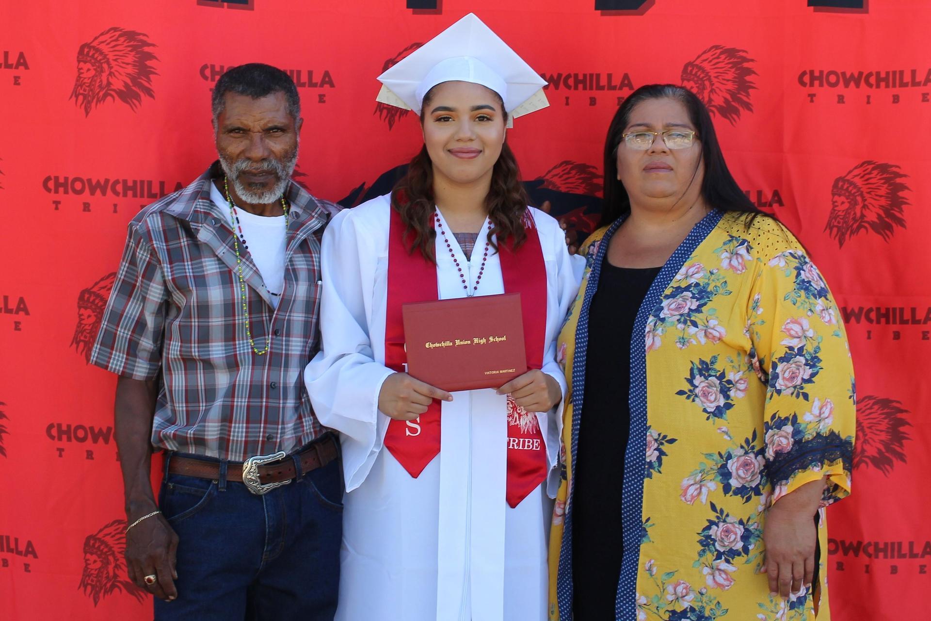 Viktoria Martinez and family