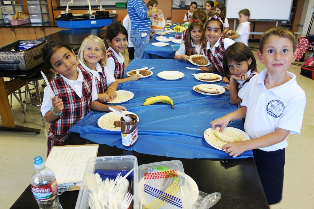 middle school lunch table. Brilliant Table Foothill Sports League Middle School  Album Home 20152016 School Year  After Activities Off To A Great Start 09142015 For Middle Lunch Table