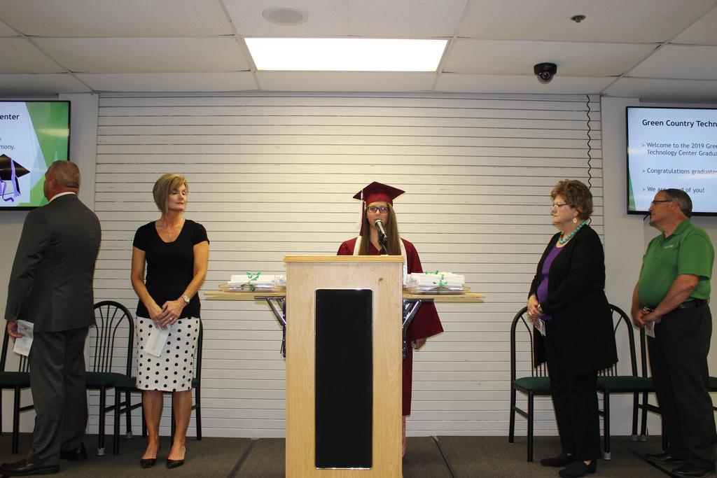 Student leads pledge