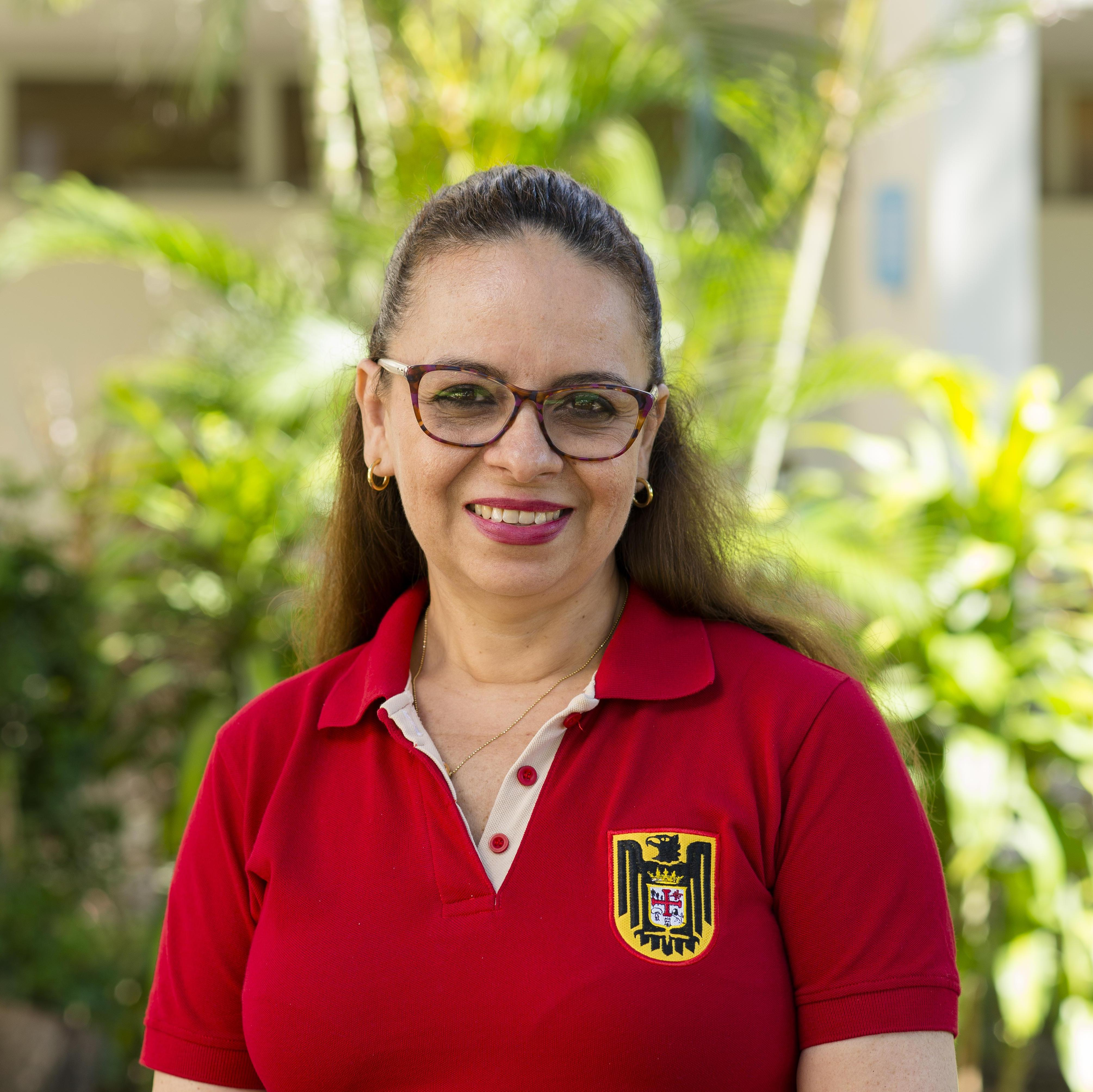 Ruth Flores's Profile Photo