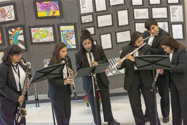 DPHS-SC woodwind sextet performs holiday music at ESC
