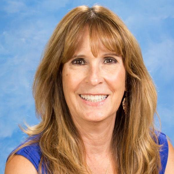 Lori Thurow-Simmons's Profile Photo