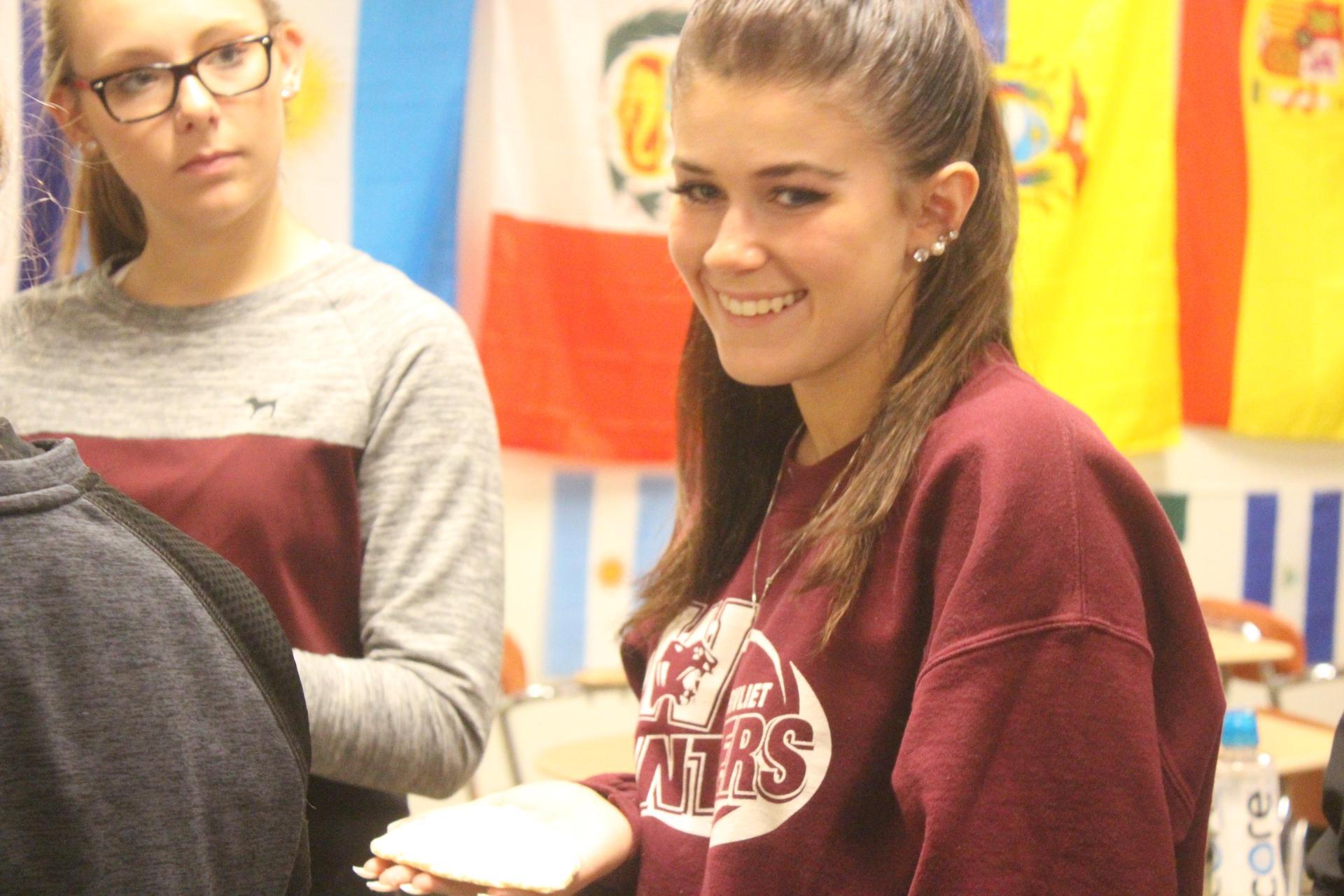 Lauren Gustafson in Spanish class