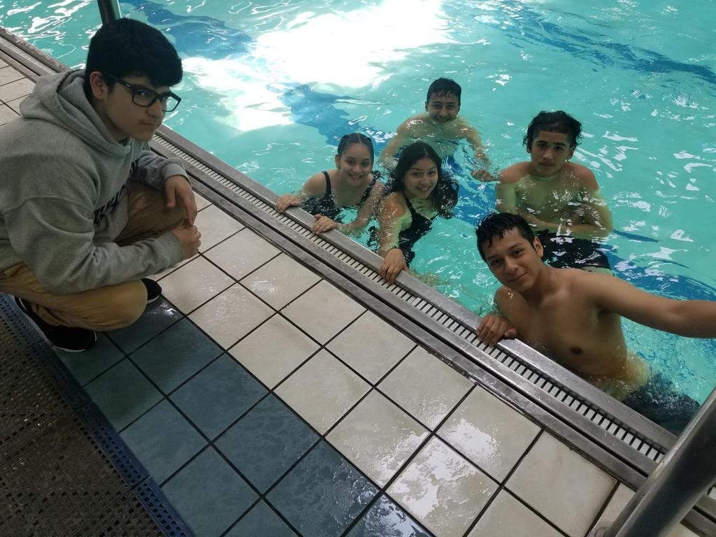 regatta team in the pool