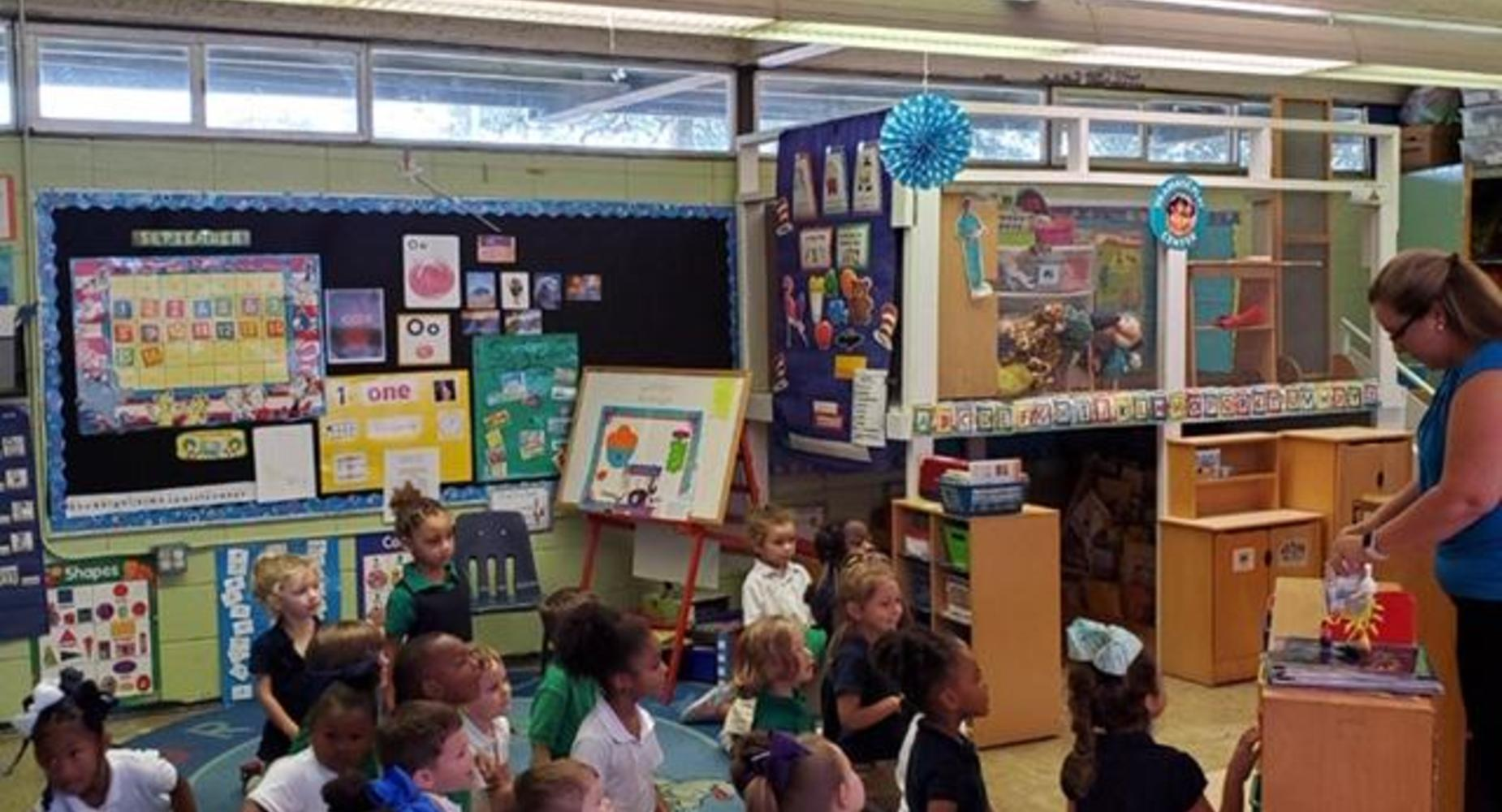 Pre-K learning about colors 2019