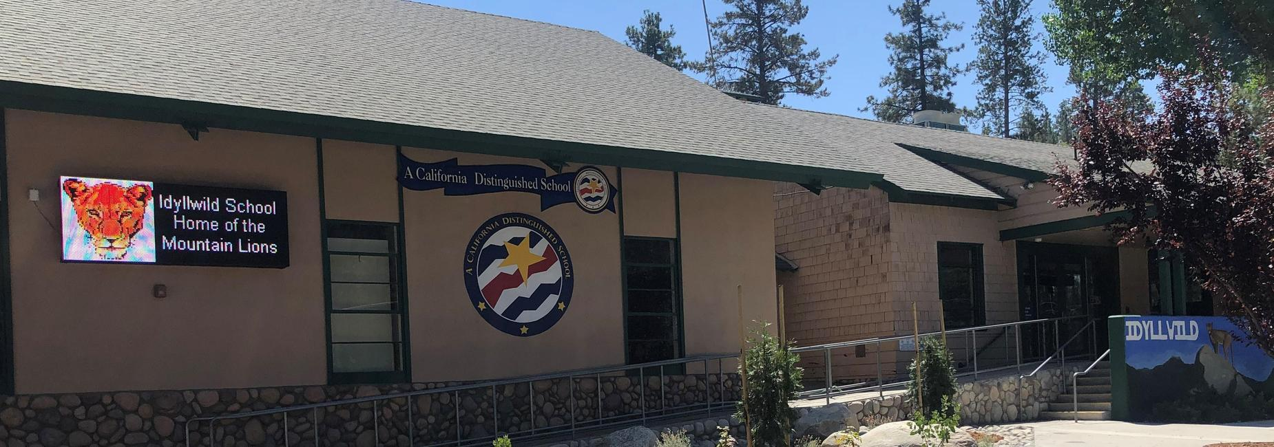 Front Of Idyllwild School 2